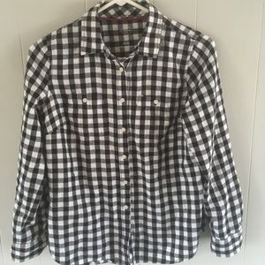 4/$25 Black and white check flannel petite small